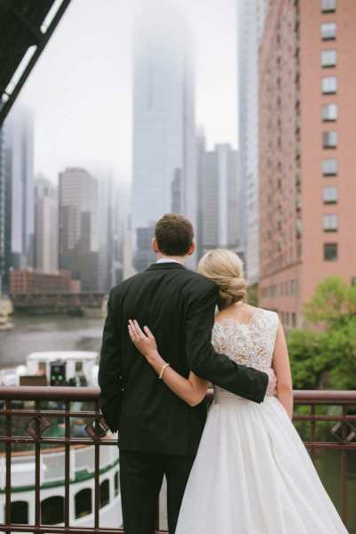 carolyn-and-mike_skyline-loft_chicago_6