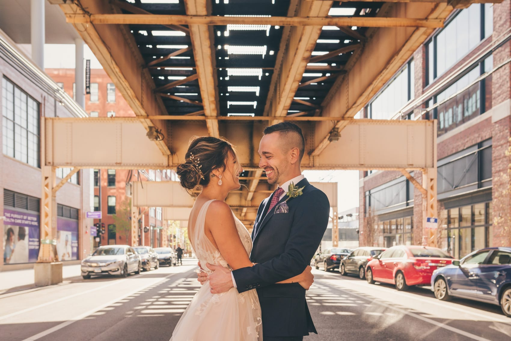 Thara Photo Chicago Summer Wedding Photographer Brique Ace Hotel West Loop Downtown