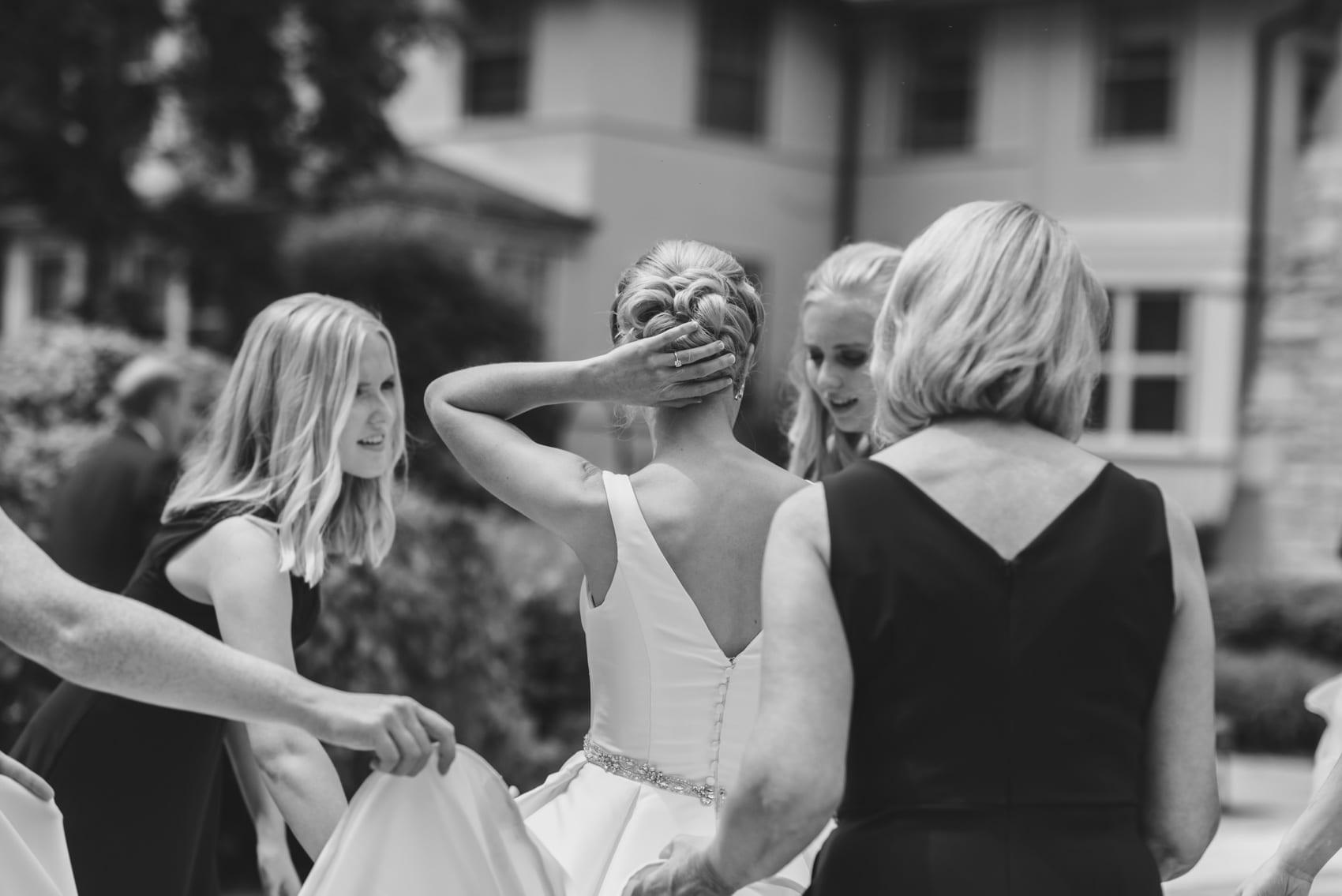 Thara Photo Chicago Wedding Photographer Engagement Photographer Portrait Photographer Tim Hara Glen Club Glenview Summer