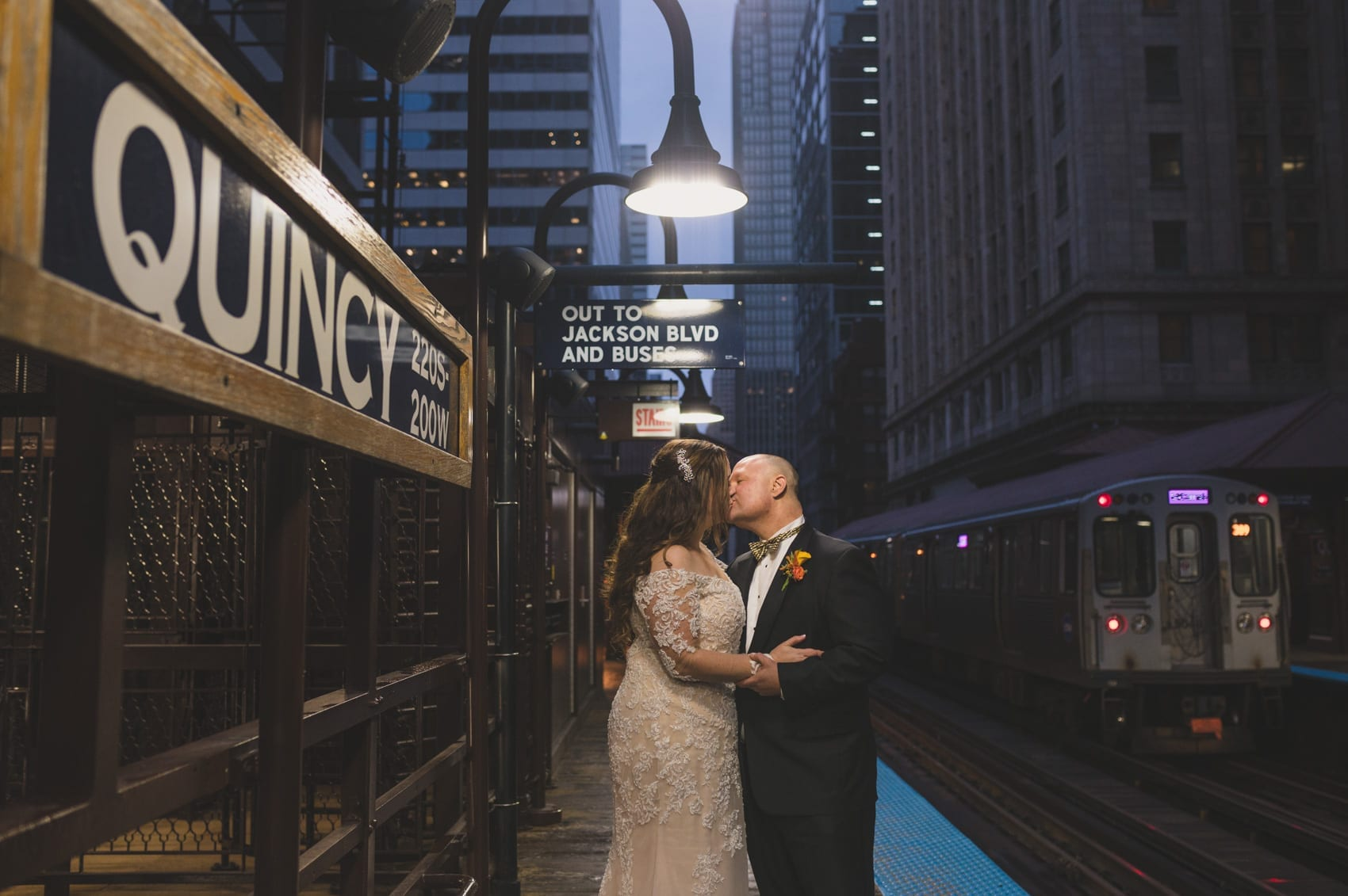 Thara Photo Chicago Engagement Wedding Photographer Downtown Loop Quincy