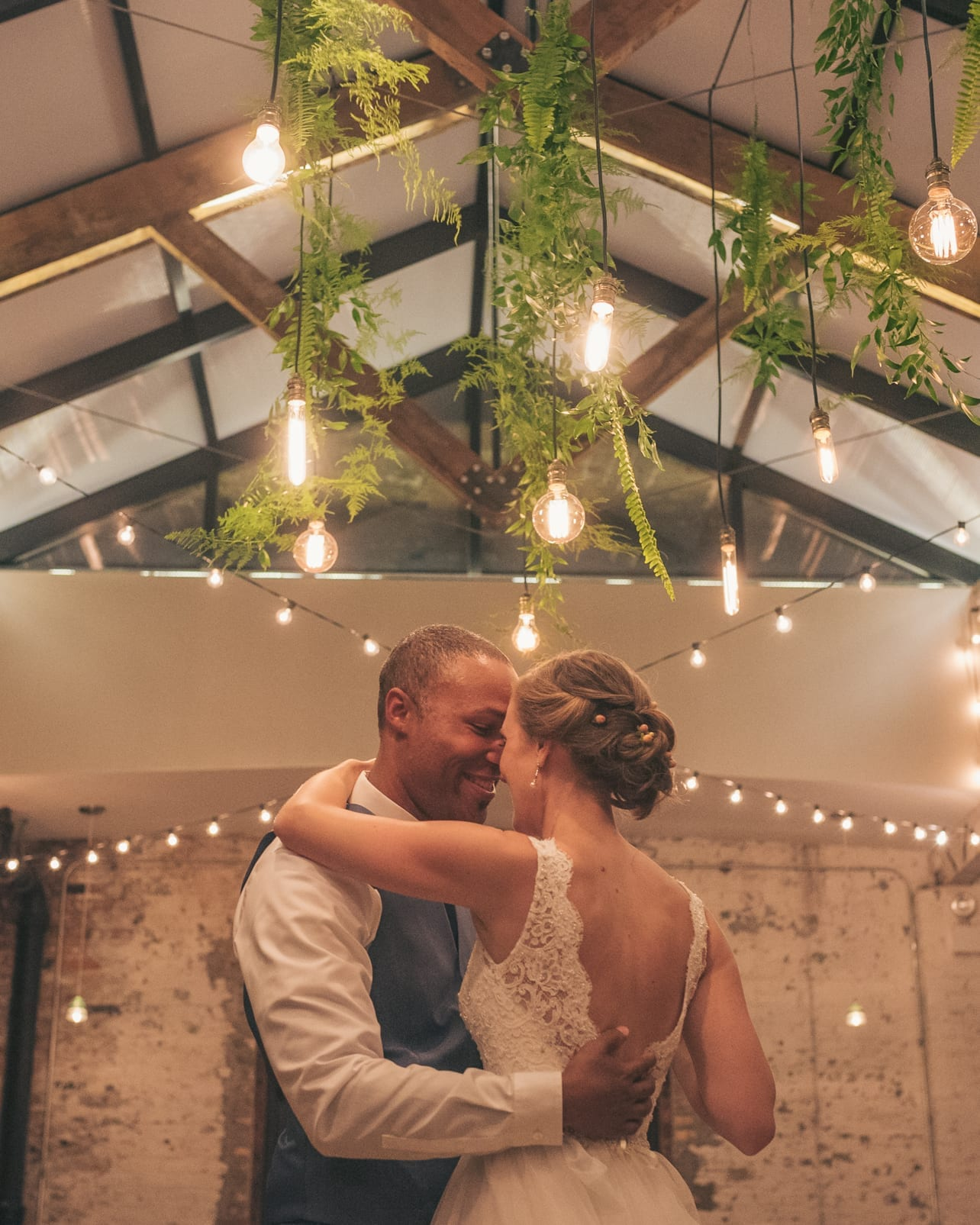 Chicago Downtown Wedding Engagement Photographer Thara Photo Tim Hara